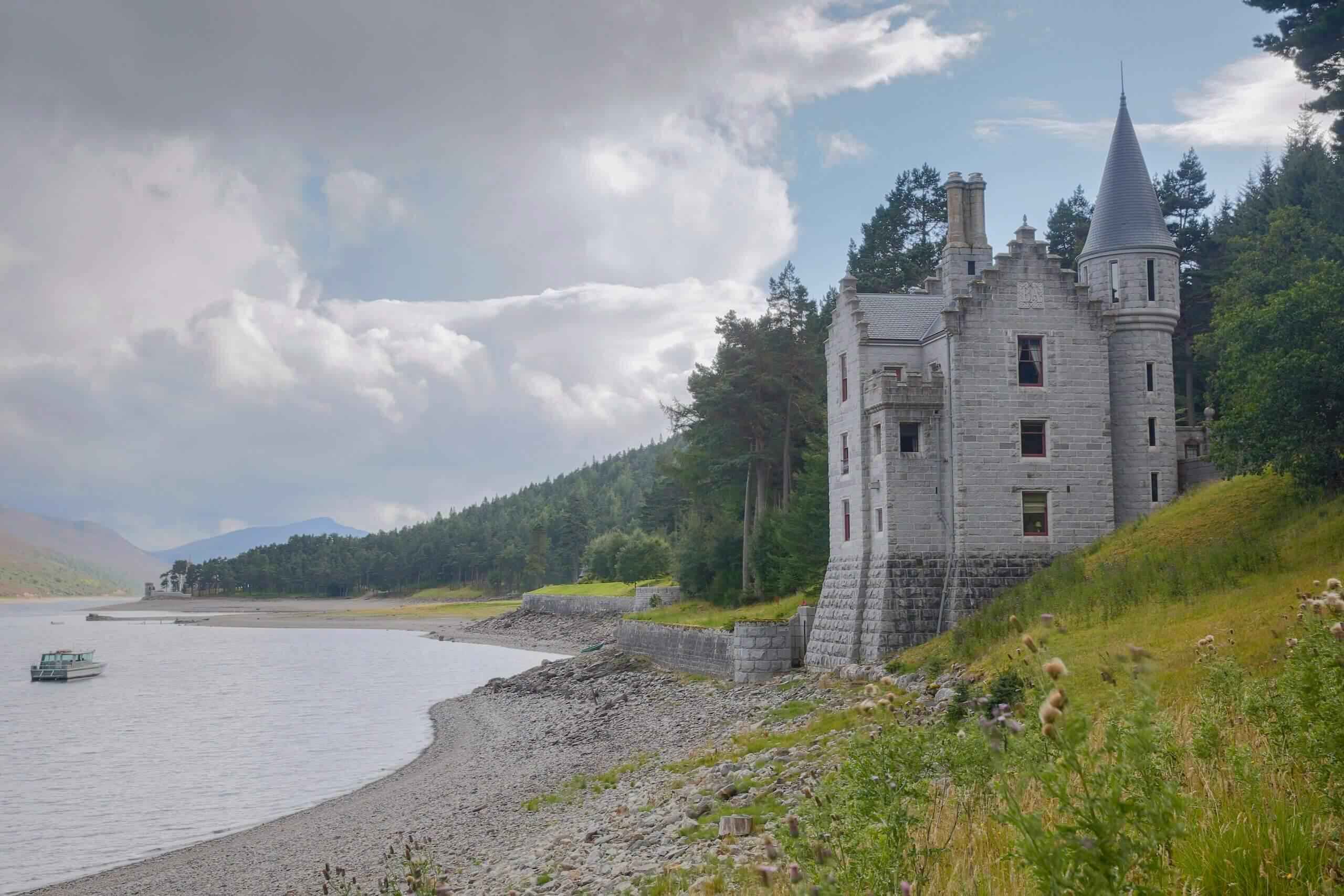 Exterior view of the Gate lodge within the Ben Alder Estate