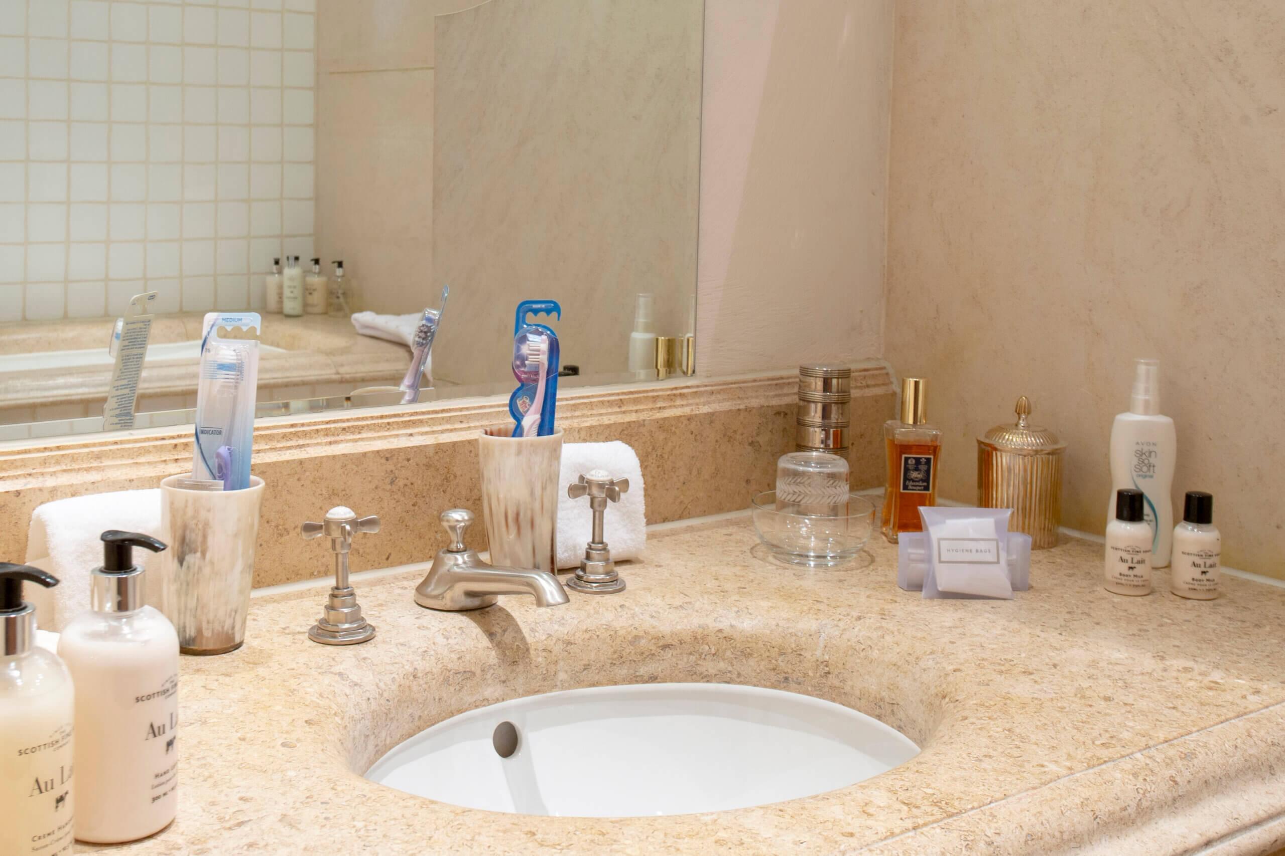 Gate Lodge marble vanity tops en suite bathroom